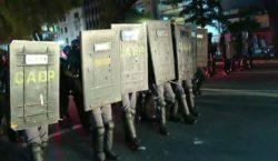 Lei que proíbe máscaras em protestos é regulamentada por Doria