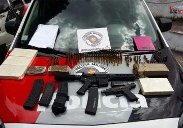 Policiais militares encontram armas embaixo de berço na Zona Leste de SP