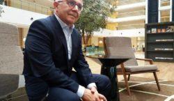 Sérgio Cursino e a carreira: 'Reinventar é preciso'