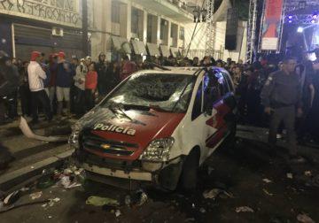 Viatura e prédios da Polícia Civil são vandalizados durante Virada Cultural em SP