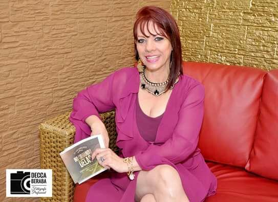 """""""Empoderamento feminino é uma conquista diária"""", afirma apresentadora Mhel Lancerotti"""
