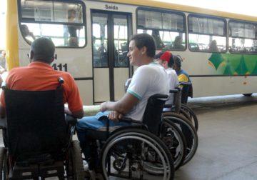 Preconceito ainda impede contratação de deficientes