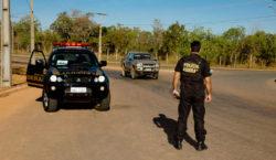 Suspeitos ligados a facções criminosas são presos em sete estados