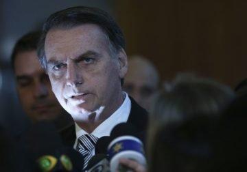 Bolsonaro fala sobre cheque de R$ 24 mil depositado para Michelle