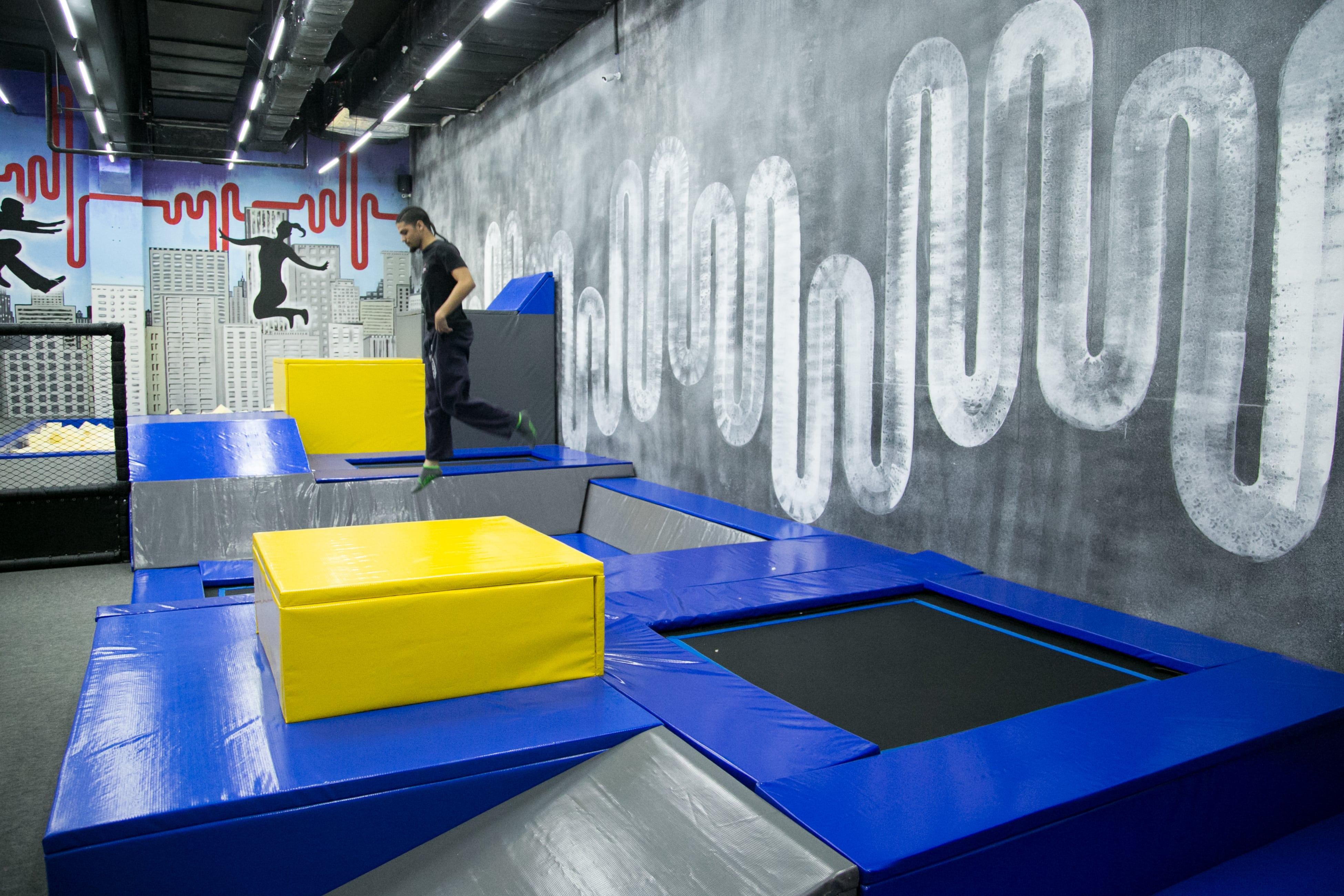 Circuito propõe muita diversão em trampolins e piscinas de bolinhas (Juliana Lubini/Divulgação)