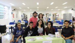 Estudantes de Heliópolis lançam livro em formato de cordel