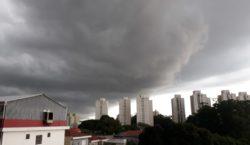 Temporal: São Paulo em 'Estado de Atenção para Alagamentos'