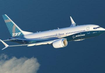 Boeing cai com 157 pessoas a bordo