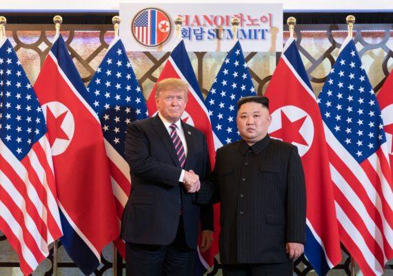 Coreia do Norte fala em reagir a eventual ataque americano