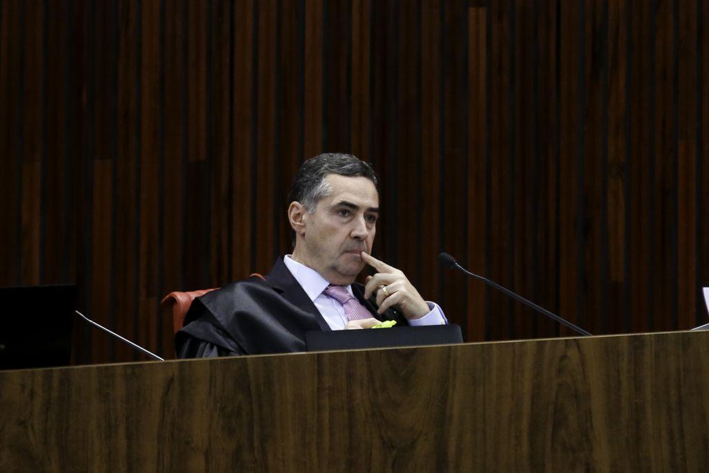O Tribunal Superior Eleitoral (TSE) realiza sessão extra onde pode julgar o pedido de registro de candidatura do ex-presidente Luiz Inácio Lula da Silva para a presidência da República nas eleições de outubro. (Fabio Rodrigues Pozzebom/Agência Brasil)