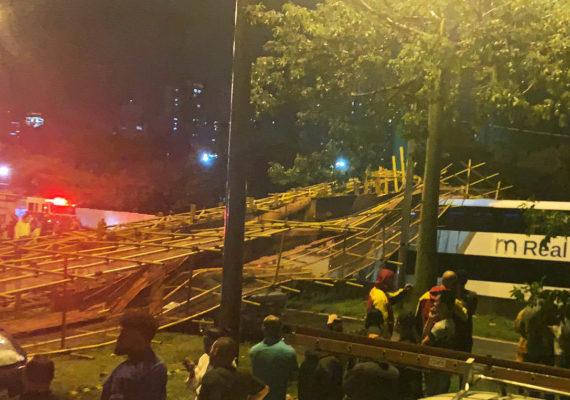 Investigação apura queda de passarela que bloqueou Marginal