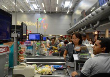 Inflação para mais pobres aumenta acima da oficial