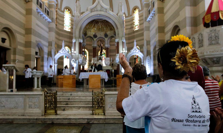 Recomendação da Igreja Católica é para evitar risco de transmissão de Covid-19, o novo Coronavírus (Tânia Rêgo/Agência Brasil)