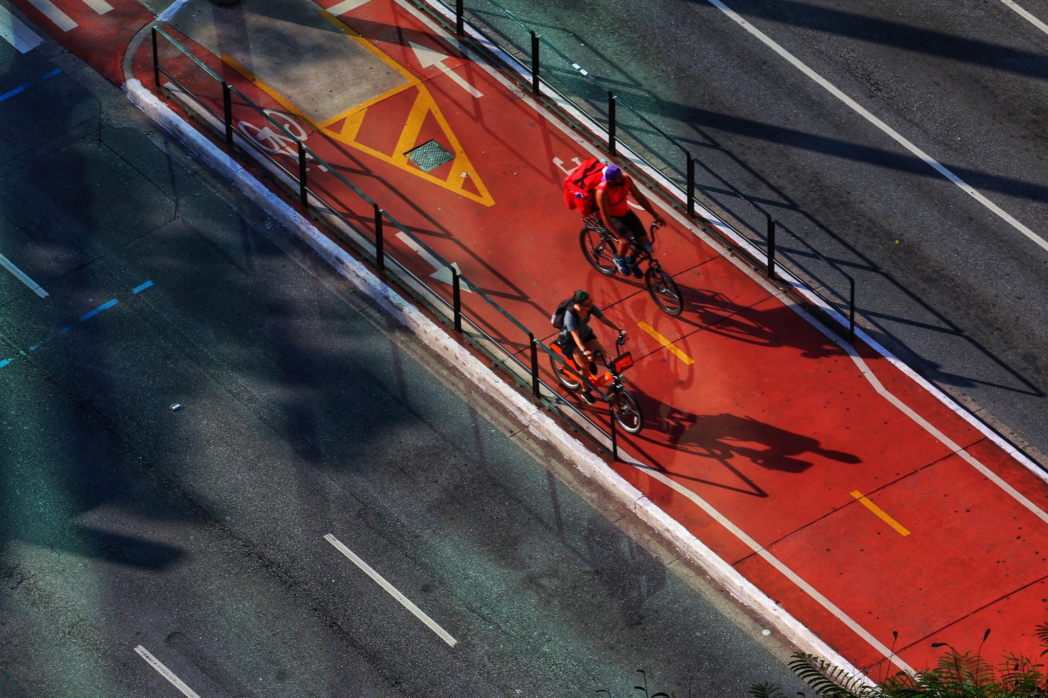 Comercio só pode funcionar com entregas  (Roberto Parizotti/Fotos Públicas)