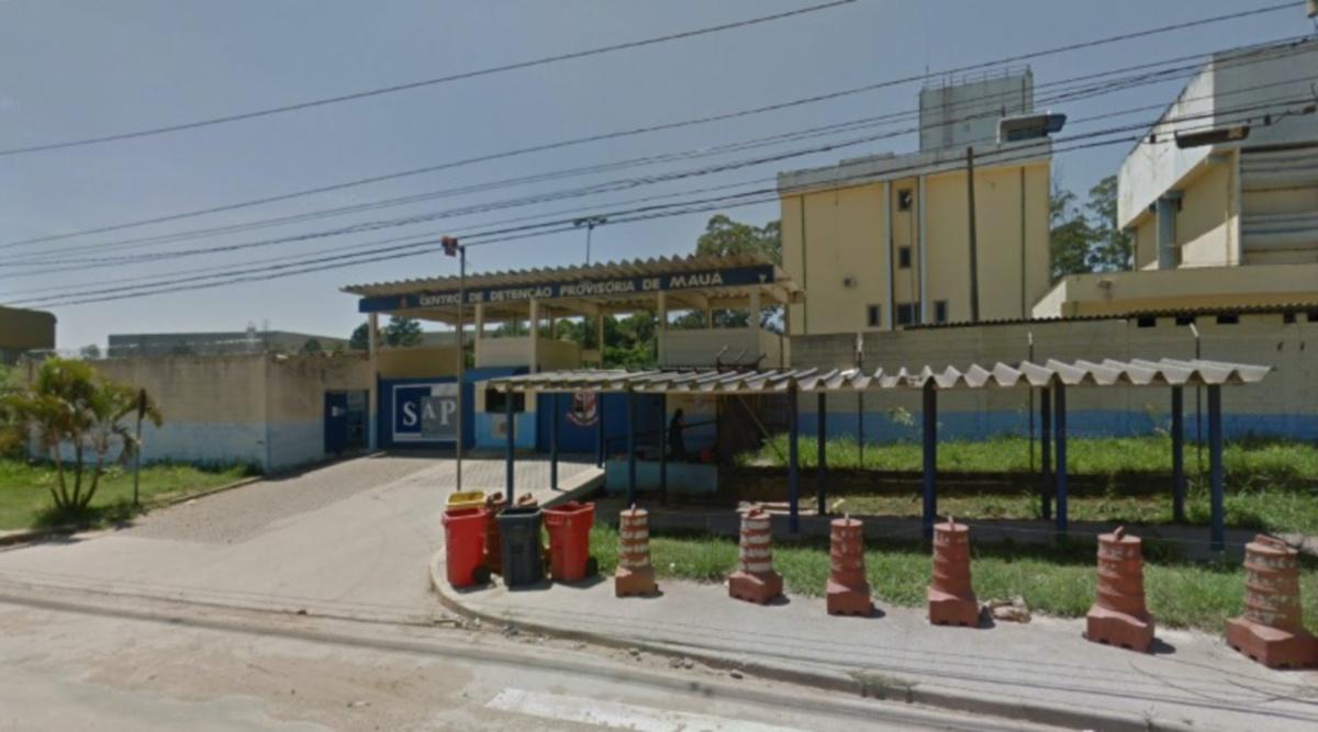 (Google Street View/Reprodução)