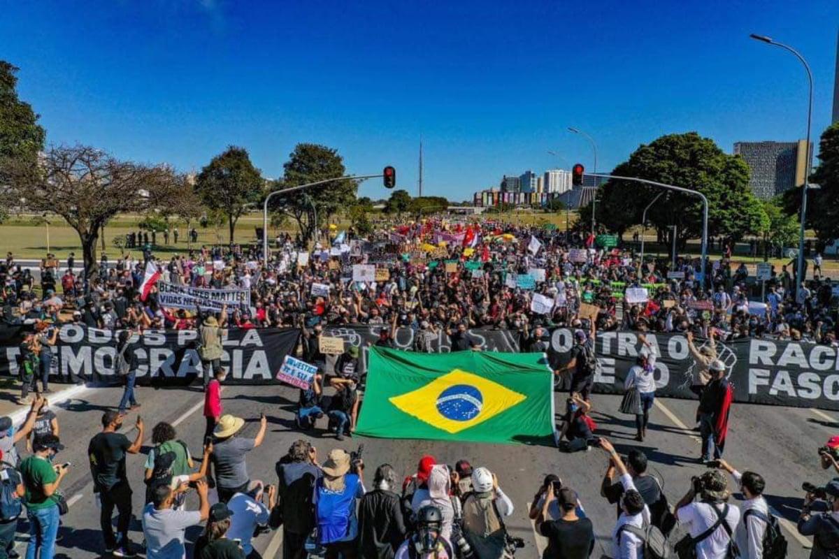 Ato por democracia em Brasília, hoje (7) de manhã (Ricardo Stuckert/Reprodução)