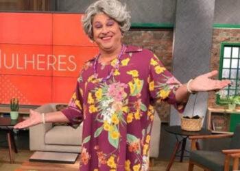 """""""Tia"""", interpretada por Guilherme Uzeda, é uma das atrações (Redes Sociais/Reprodução)"""