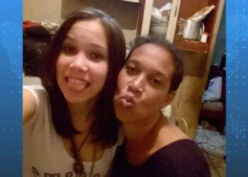 Nathália Saldanha, 18 anos, e a mãe dela, a dona de casa Priscila Rodrigues Saldanha, 38 (Reprodução)