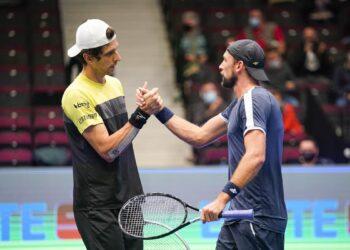 Marcelo Melo conquista tricampeonato de duplas no ATP de Viena Título foi o 16º da parceria entre brasileiro e polonês Lukasz Kubot  (e-motion/Bildagentur Zolles KG/Christian Hofer)