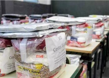 Prefeitura de Santos distribui mais de 600 cestas básicas em escolas