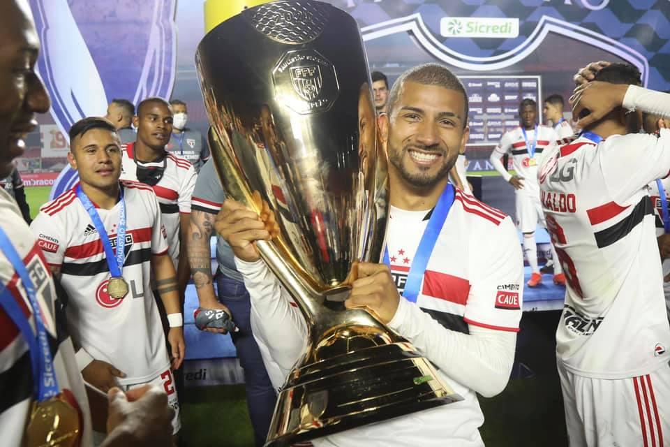 Reprodução / Facebook Oficial São Paulo FC / Rubens Chiri