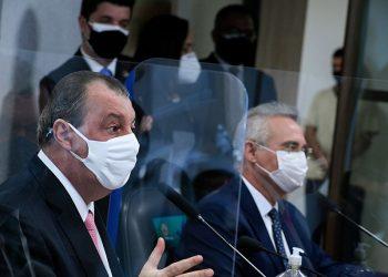 Omar Oziz, presidente da CPI da Covid-19, e Renan Calheiros, relator (Edilson Rodrigues/Agência Senado)