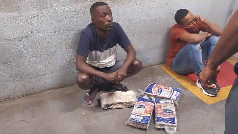 Tio e sobrinho são mortos após furto de carne em supermercado de Salvador