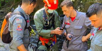 Helicóptero Águia atuou no resgate (Polícia Militar/Reprodução)