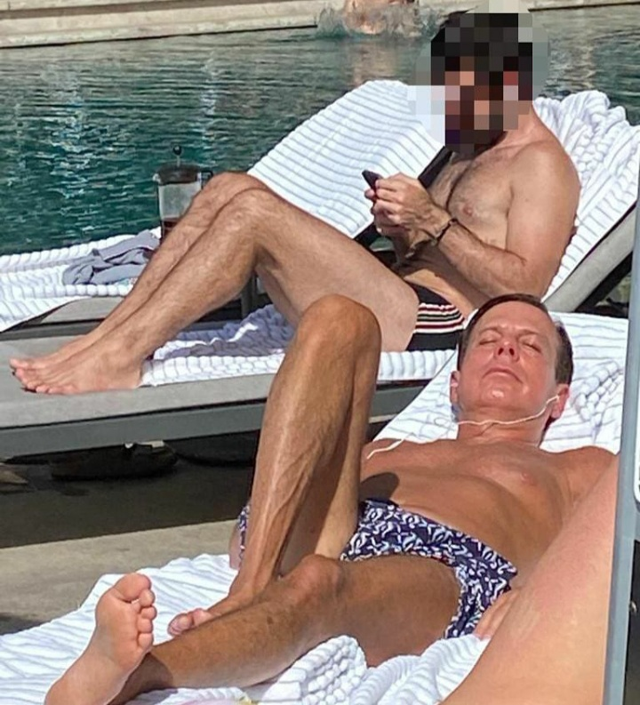 Doria toma sol sem máscara em hotel do Rio e imagem viraliza nas redes sociais
