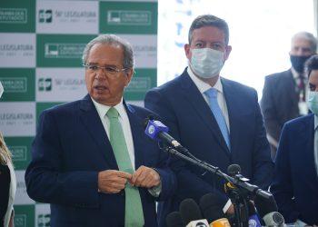 Paulo Guedes, ministro da Economia, e Arthur Lira, presidente da Câmara dos Deputados (Pablo Valadares/Câmara dos Deputados)
