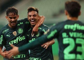 Gabriel Menino comemora gol contra o Grêmio  (Cesar Greco/Palmeiras/via Agência Brasil)