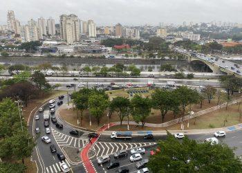 Chuva na região da Marginal Tietê, perto da Ponte da Casa Verde (SP Agora)