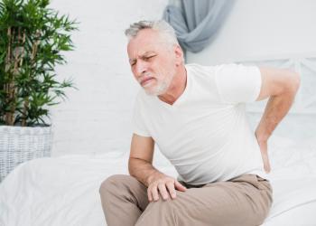 Terceira idade: hábitos que podem melhorar a artrose na coluna