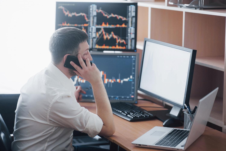 É possível obter renda extra investindo na bolsa de valores?