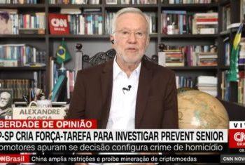 Alexandre Garcia durante jornal na CNN (Reprodução)