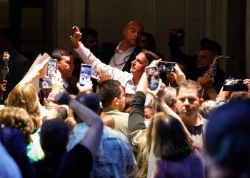 Jair Bolsonaro antes de embarcar de volta ao Brasil (Alan Santos/PR)
